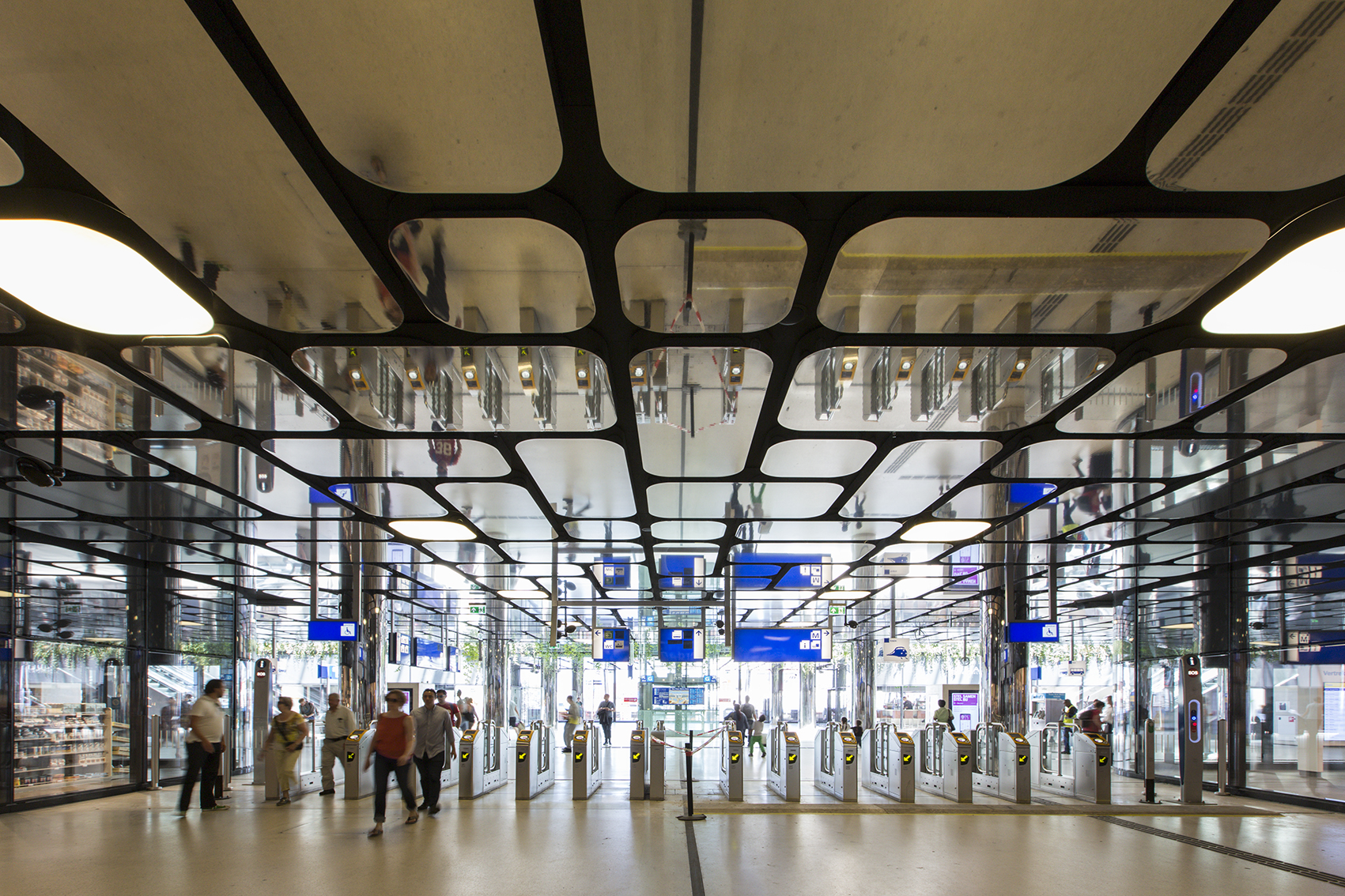 Projecten centraal station amsterdam for Amsterdam products